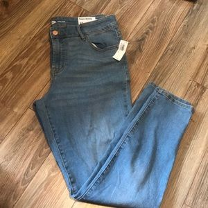 New With Tags!! Old Navy Super Skinny Jeans